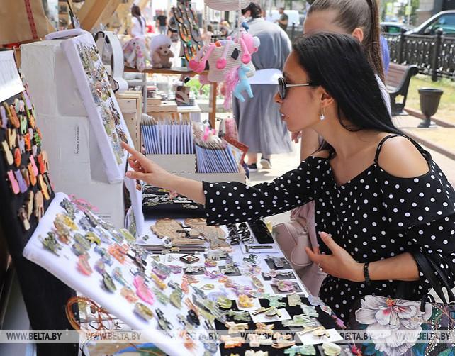 Ярмарка ремесленников открылась в Минске
