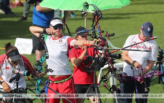 Квалификационные соревнования по стрельбе из лука проходят на II Европейских играх