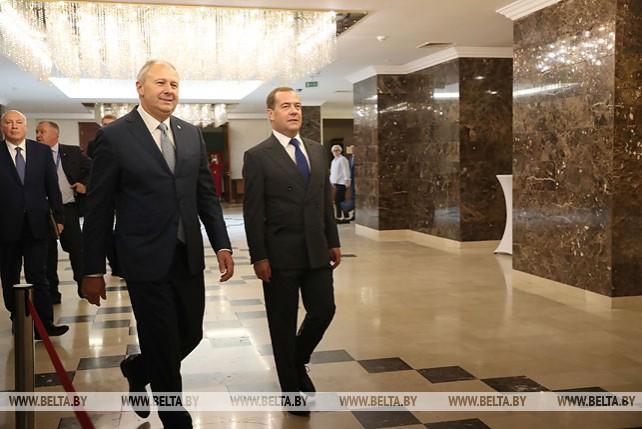 Румас и Медведев провели встречу в Минске