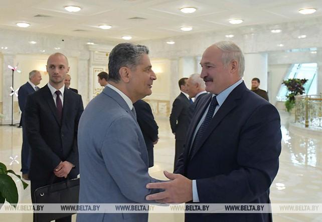 Лукашенко во Дворце Независимости принял высоких гостей II Европейских игр