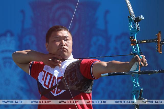 Соревнования по стрельбе из классического лука среди мужчин проходят на II Европейских играх