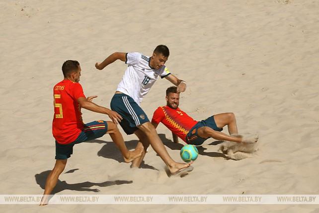Сборная Испании по пляжному футболу обыграла россиян на II Европейских играх