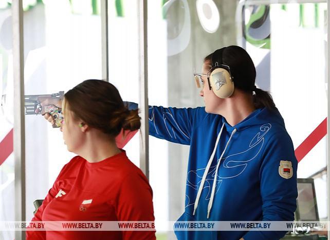 Соревнования по пулевой стрельбе продолжаются на II Европейских играх