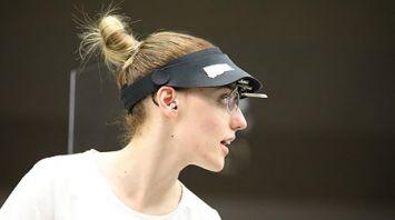 Греческая спортсменка Анна Коракаки завоевала золото в стрельбе из малокалиберного пистолета на 25 м
