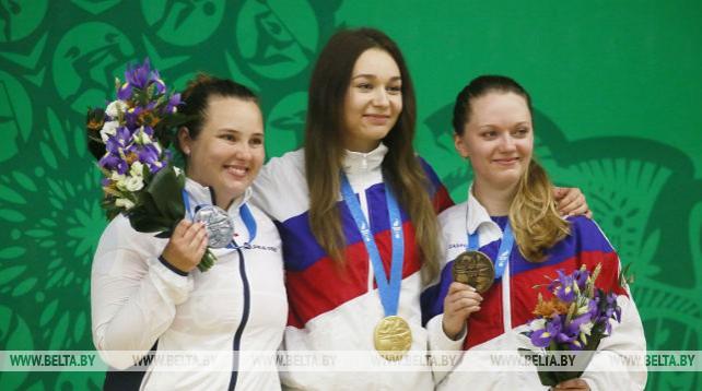 Россиянка Юлия Зыкова выиграла золото в стрельбе из малокалиберной винтовки на 50 м