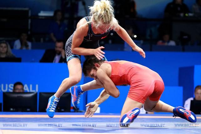 Две белорусские спортсменки вышли в финал турнира по борьбе II Европейских игр