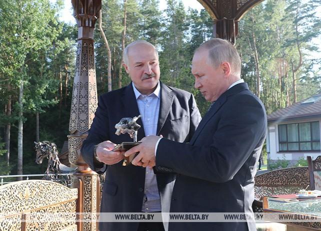 """Неформальная встреча Лукашенко с Путиным прошла в государственной резиденции """"Заславль"""""""