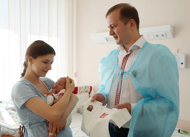 Более 200 детей в Могилевской области получат накануне Дня независимости вышиванки