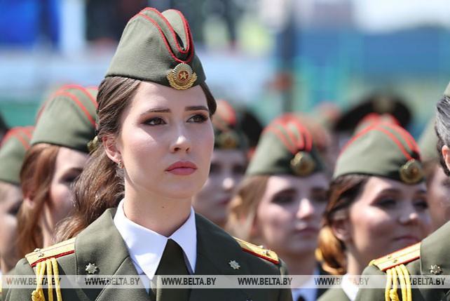 Более 180 выпускников Университета МЧС получили лейтенантские погоны