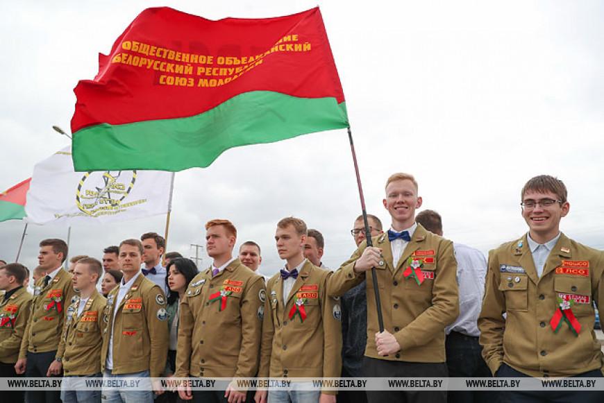 Более 250 бойцов белорусских и российских студотрядов будут трудиться на стройке в Островце
