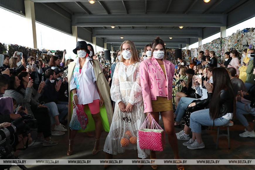Модный показ прошел на мусороперерабатывающем заводе