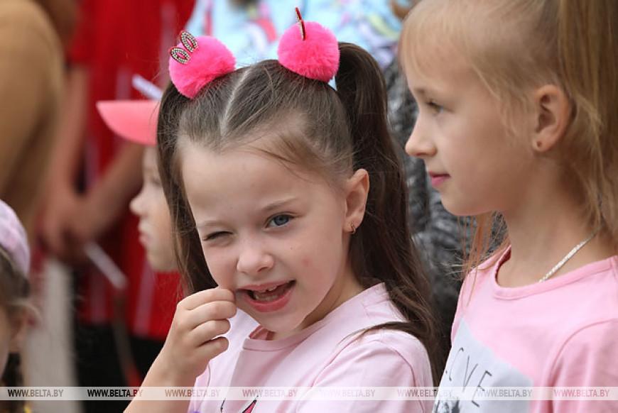 Около 300 подростков собрал областной турслет в Лоевском районе