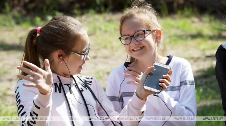 """Более 200 ребят прибыли в оздоровительный лагерь """"Сожский берег"""""""