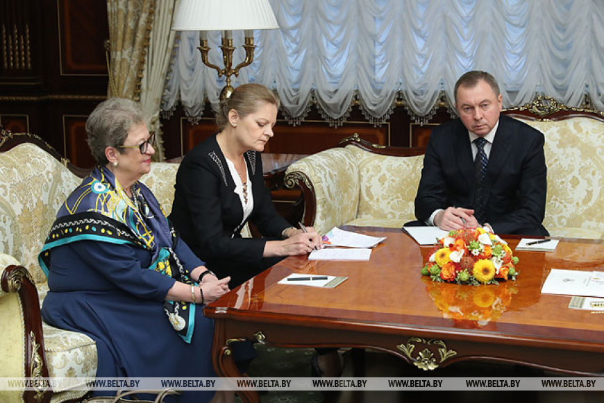 Лукашенко встретился с главой представительства ЕС в Беларуси