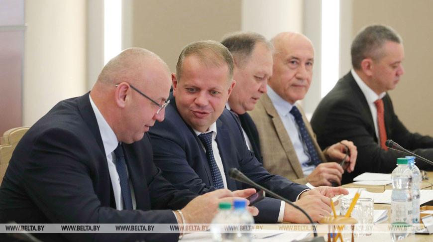 Заседание оргкомитета I Форума регионов Беларуси и Узбекистана прошло в Совете Республики