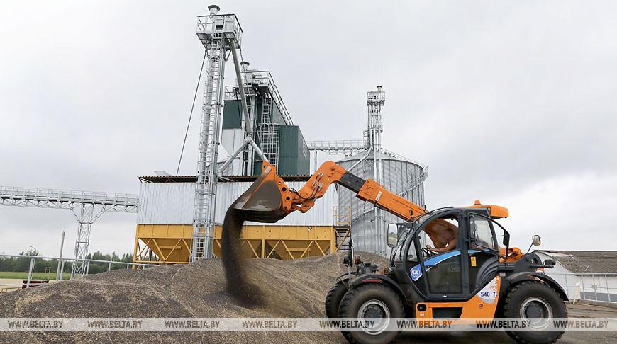 Новый зерносушильный комплекс открыли в Витебском районе