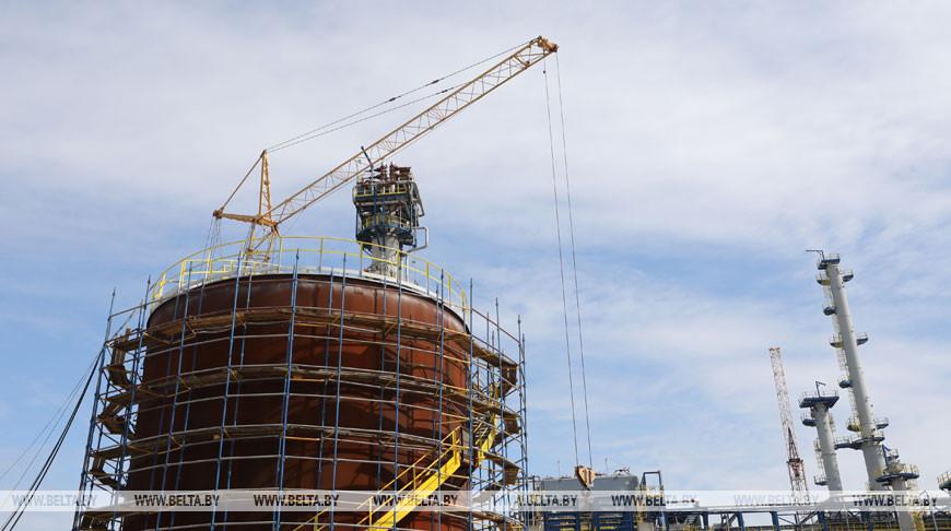 """На комплексе замедленного коксования """"Нафтана"""" завершаются строительно-монтажные работы"""