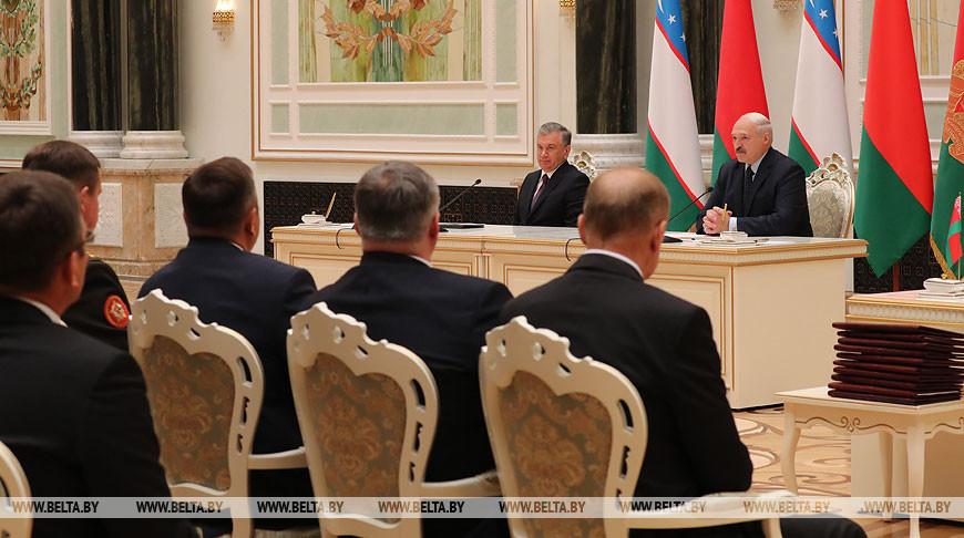 Лукашенко обозначил приоритетные направления в сотрудничестве с Узбекистаном