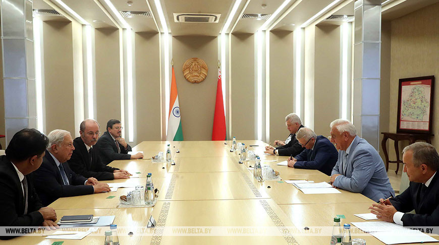 Мясникович встретился с председателем правления индийской фармацевтической компании Cipla Limited