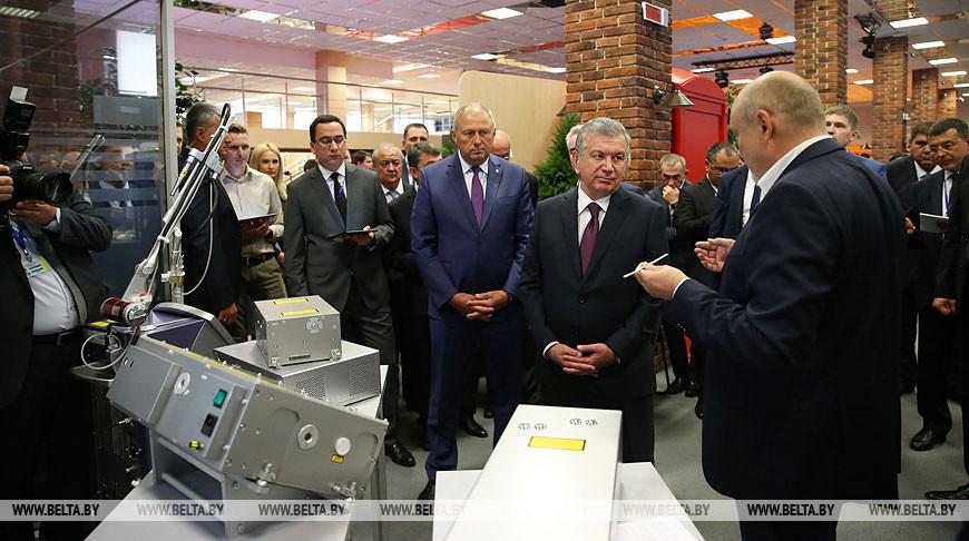 Президент Узбекистана посетил ПВТ