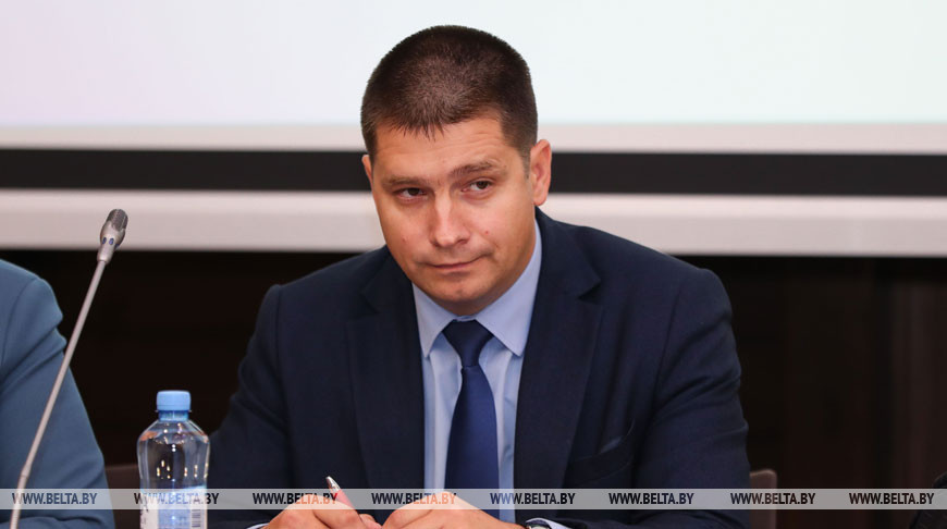 Конференция по предупреждению потребления несовершеннолетними наркотиков и алкоголя проходит в Минске