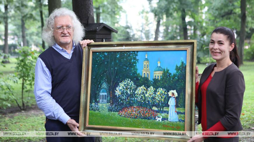 Прокопцов передал картину в дар музею Гомельского дворцово-паркового ансамбля