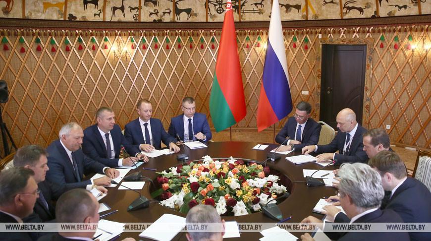Румас и Медведев провели встречу в Чолпон-Ате