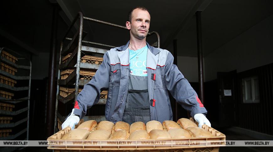 """Более 90 т хлеба в месяц выпекает """"Копыльский кооппром"""""""