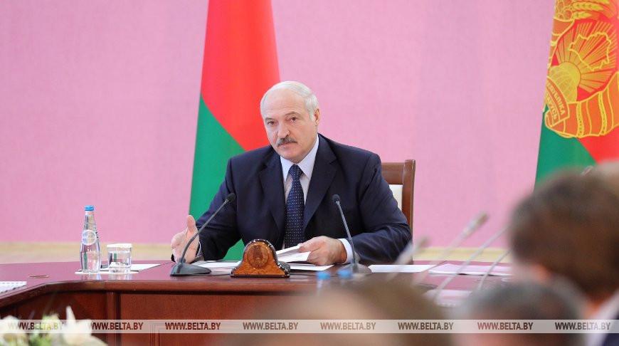 Лукашенко заявляет о недопустимости огульного подхода в вопросах оказания господдержки