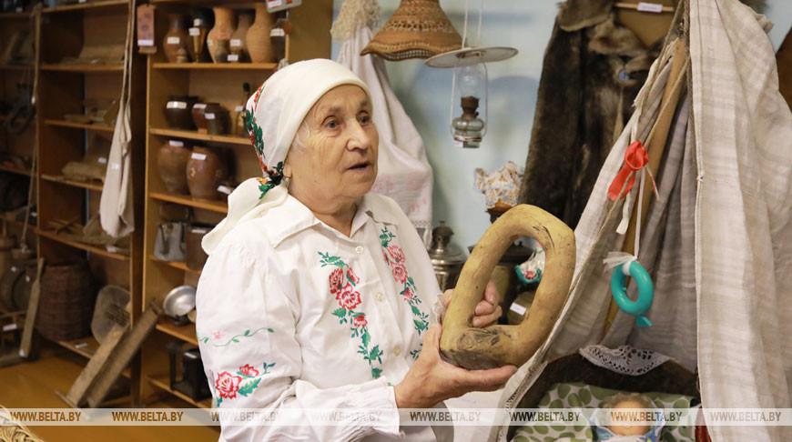 Коллекцию предметов народного быта собрали Мария и Иван Солоновичи из Кировского района