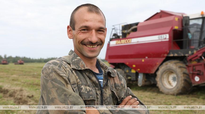 В трудных погодных условиях ведут уборку хлеборобы Шумилинского района
