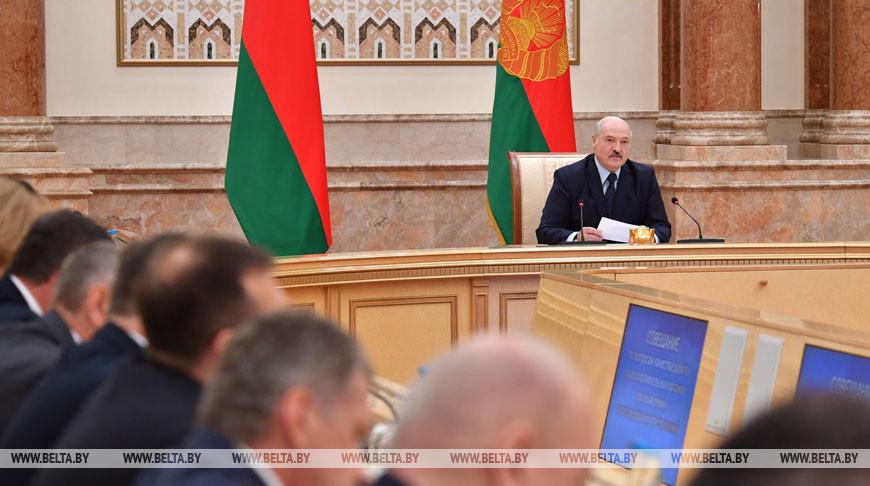 Лукашенко провел совещание по вопросу качества работы правоохранительных органов по выявлению и расследованию преступлений