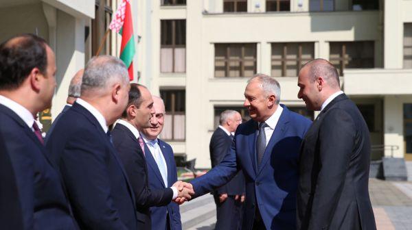 Румас встретился с премьер-министром Грузии
