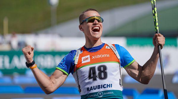Дмитрий Лазовский выиграл юниорский спринт летнего ЧМ
