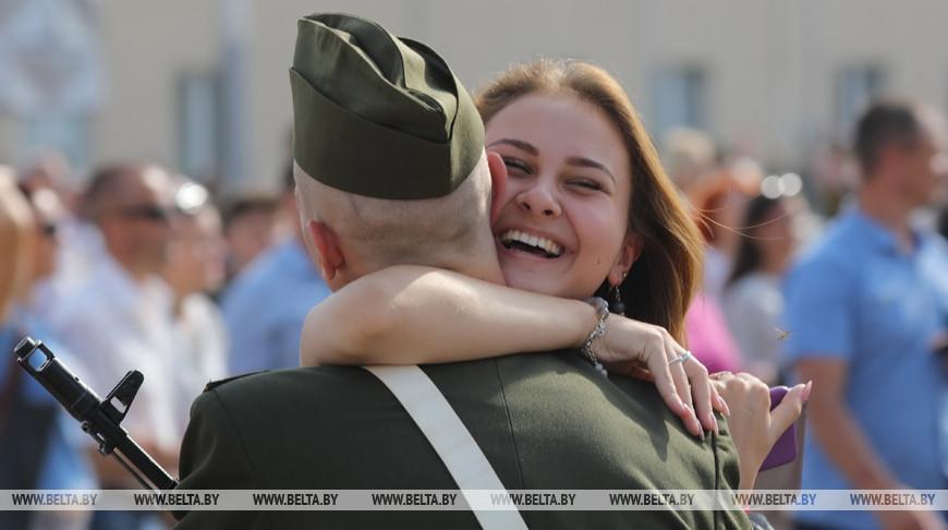 В Военной академии приняли присягу около 500 человек