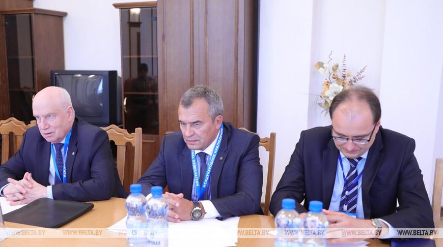 Около 400 наблюдателей войдут в миссию от СНГ на парламентских выборах в Беларуси