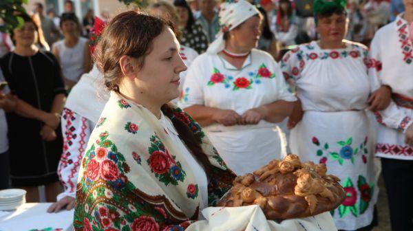 """Обряд """"Сваты"""" показали в Лельчицах"""