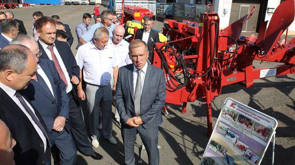 Предприятия агросервиса должны предлагать полный комплекс услуг для АПК - Гракун