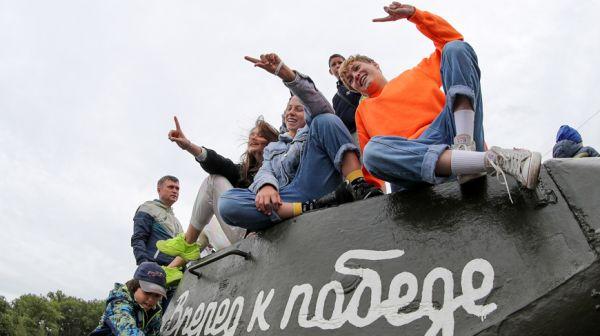 """Фестиваль """"Wargaming Fest: День танкиста"""" прошел в Минске"""