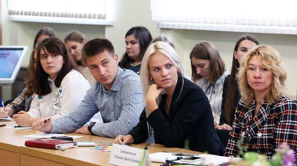 Минобразования предлагает молодежи высказать идеи по гуманитарному блоку предметов в вузах