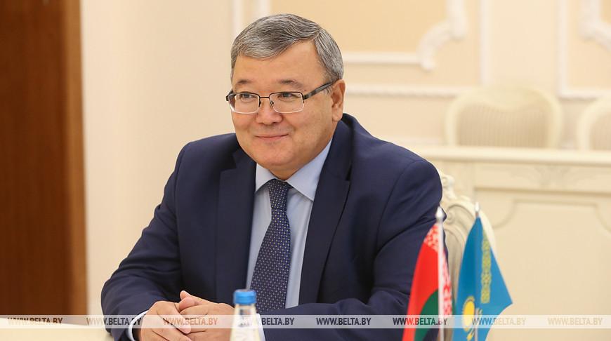 Турчин встретился с послом Казахстана