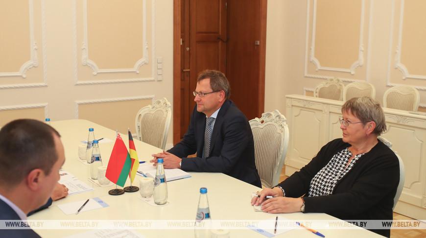 Румас встретился с послом Германии в Беларуси