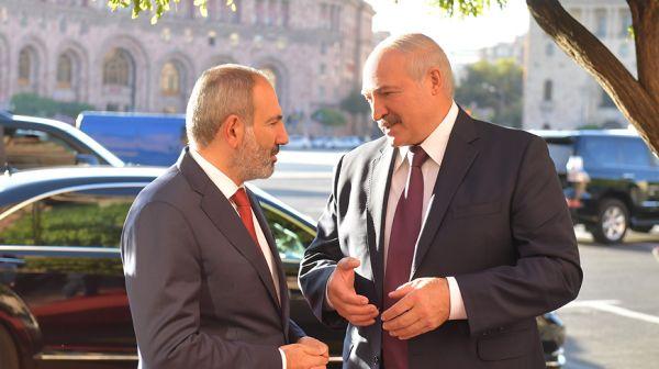 Лукашенко в Ереване встретился с премьер-министром Армении Николом Пашиняном