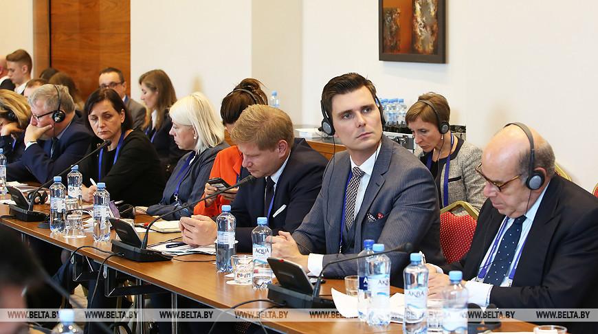 Беларусь становится все более авторитетной площадкой для диалога - Рахманов