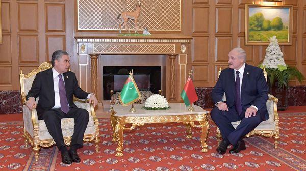Лукашенко встретился с Президентом Туркменистана Гурбангулы Бердымухамедовым