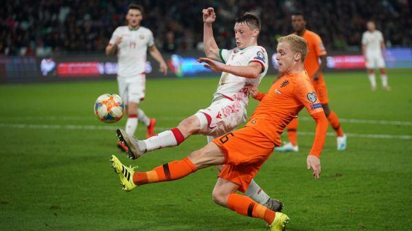 Сборная Беларуси по футболу уступила Нидерландам в квалификационном матче ЧЕ-2020