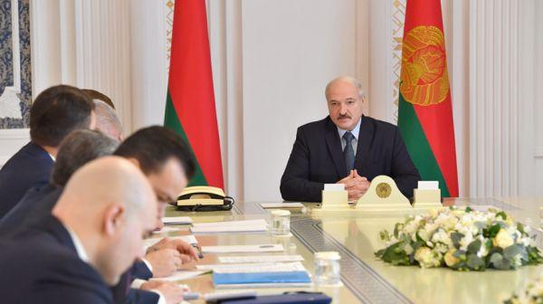 Лукашенко провел совещание по развитию цифровой сферы