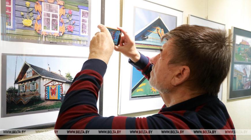 Фотовыставка Владимира Шарникова открылась в Могилеве