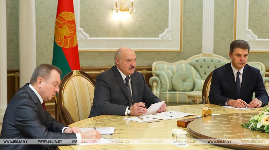 Лукашенко предложил Новгородской области новые проекты