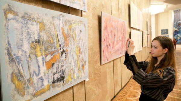 """Шестичасовым баттлом художников начался фестиваль """"Витебский листопад"""""""